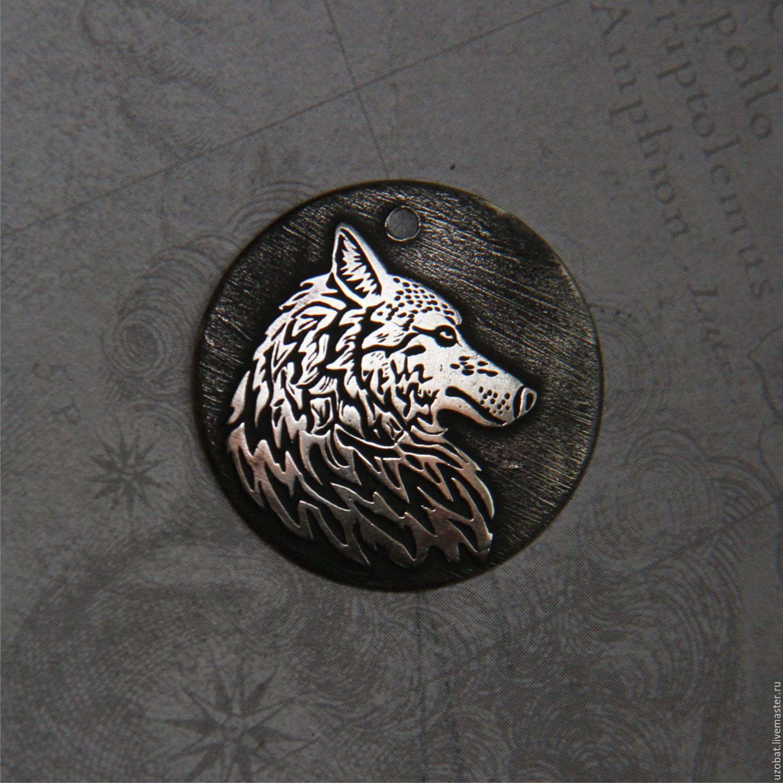 Подарок с символикой волка 84