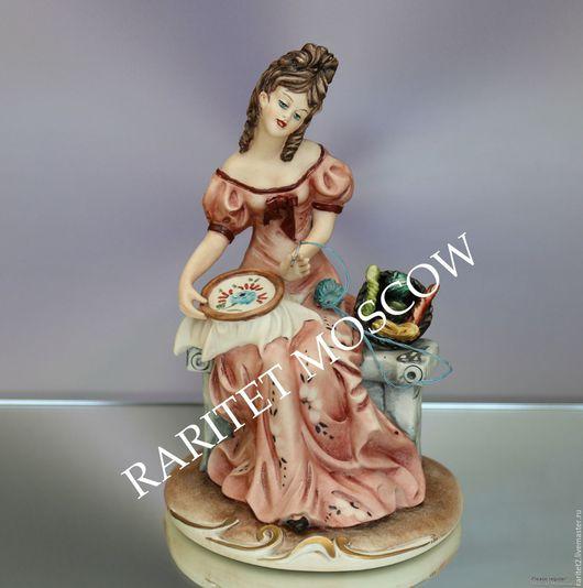 Винтажные предметы интерьера. Ярмарка Мастеров - ручная работа. Купить Девушка вышивальщица Каподимонте Италия 25. Handmade. Разноцветный, capodimonte