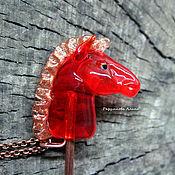 Украшения ручной работы. Ярмарка Мастеров - ручная работа Красный конь. Кулон - Lampwork. Handmade.