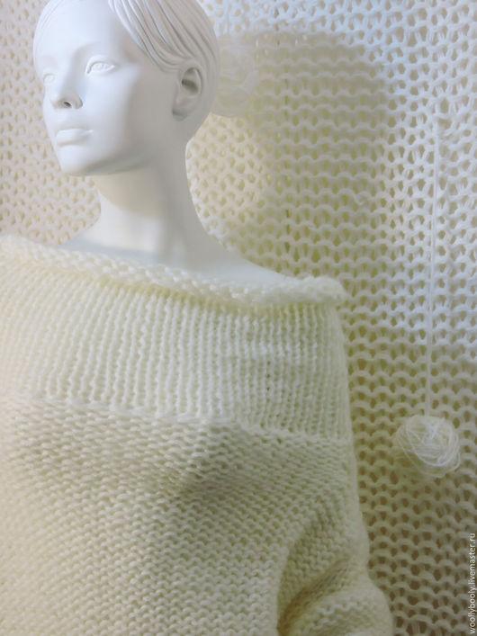 Кофты и свитера ручной работы. Ярмарка Мастеров - ручная работа. Купить Snowmilk, крупновязаный свитер из пряжи с содержанием мохера. Handmade.