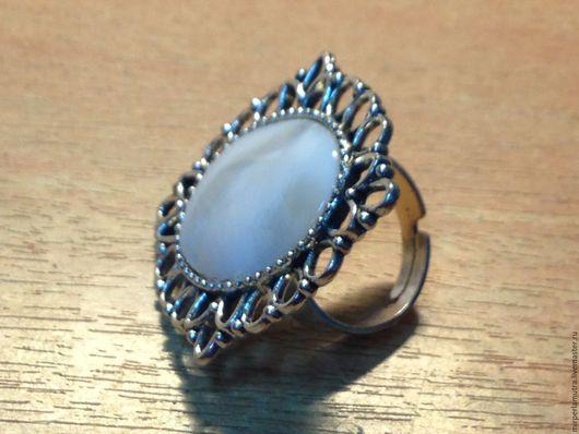 """Кольца ручной работы. Ярмарка Мастеров - ручная работа. Купить Перстень """"Версаль"""", перламутр. Handmade. Кольцо, перстень, кольцо перламутр"""