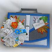 Подарки к праздникам ручной работы. Ярмарка Мастеров - ручная работа Букет из конфет Портфель. Handmade.