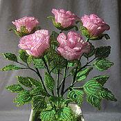 Цветы и флористика ручной работы. Ярмарка Мастеров - ручная работа Розовые розы из бисера. Handmade.