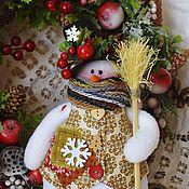 Подарки к праздникам ручной работы. Ярмарка Мастеров - ручная работа Снеговик в цилиндре , снеговичок , снеговик. Handmade.
