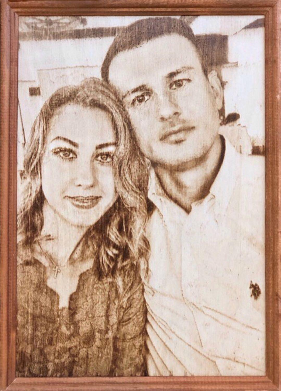 Подарок на 14 февраля. Выжигание портрета на дереве, Именные сувениры, Москва,  Фото №1