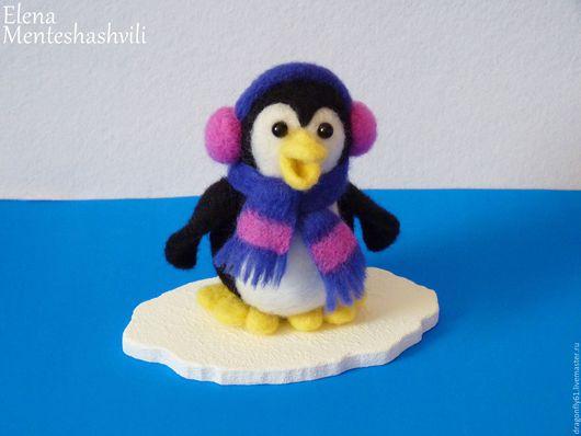 Коллекционные куклы ручной работы. Ярмарка Мастеров - ручная работа. Купить Валяная игрушка .Пингвин на льдине. Рико. Handmade. Комбинированный