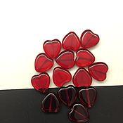 Материалы для творчества ручной работы. Ярмарка Мастеров - ручная работа Бусины стеклянные сердце красное 15 * 15 мм. Handmade.
