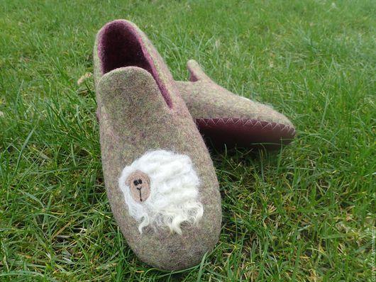 Обувь ручной работы. Ярмарка Мастеров - ручная работа. Купить Тапочки валяные Cute sheeps. Handmade. Зеленый, шерсть