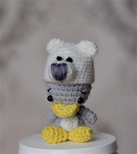Игрушки животные, ручной работы. Ярмарка Мастеров - ручная работа. Купить Утёнок в шапке полярного медведя. Handmade. Вязание крючком