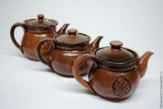 Чайник из серии `Славянские символы`