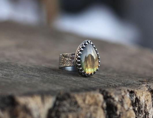 """Кольца ручной работы. Ярмарка Мастеров - ручная работа. Купить кольцо """"Лес"""", серебро, лабрадорит. Handmade. Кольцо ручной работы"""