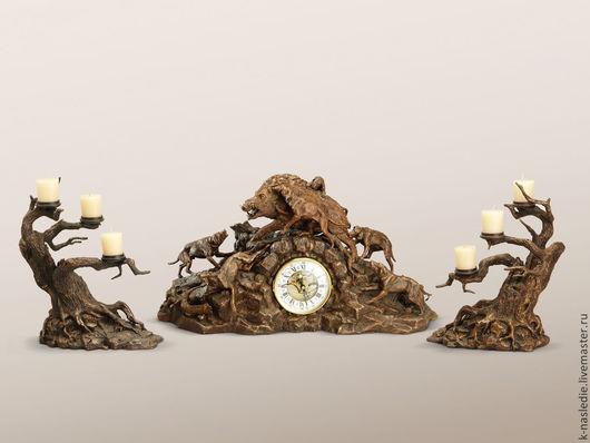 Часы для дома ручной работы. Ярмарка Мастеров - ручная работа. Купить Часы каминные Охота на кабана (каминные часы из бронзы, охотничьи). Handmade.