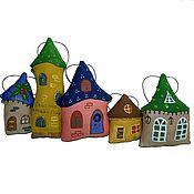 Подарки к праздникам ручной работы. Ярмарка Мастеров - ручная работа Сказочные домики на елку. Handmade.