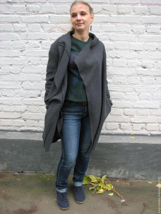Верхняя одежда ручной работы. Ярмарка Мастеров - ручная работа. Купить Легкое пальто из лодена - графит. Handmade. Однотонный, шерсть