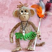 Куклы и игрушки ручной работы. Ярмарка Мастеров - ручная работа Обезьянка вождь папуасов (оригинальный подарок игрушка). Handmade.