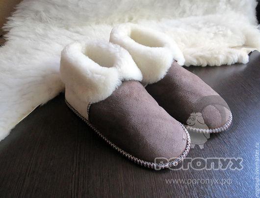Обувь ручной работы. Ярмарка Мастеров - ручная работа. Купить Чуни-тапочки из овечьей шкуры (коричневые). Handmade. Коричневый