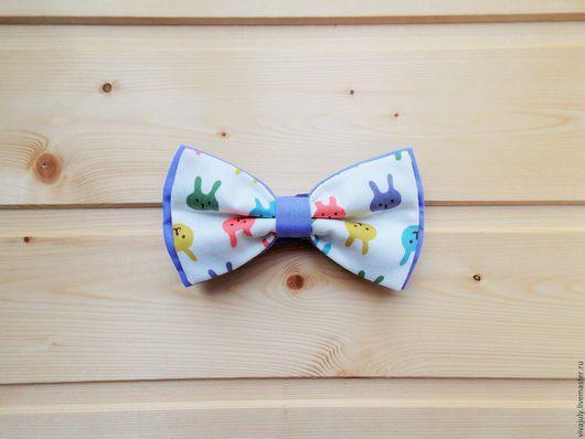 """Галстуки, бабочки ручной работы. Ярмарка Мастеров - ручная работа. Купить Галстук бабочка """"Зайчики"""" / лиловая бабочка галстук с зайцами. Handmade."""