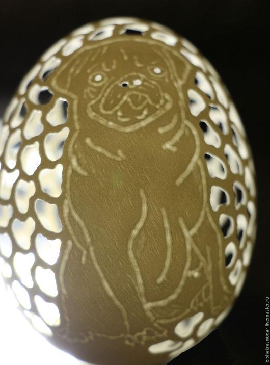 """Яйца ручной работы. Ярмарка Мастеров - ручная работа. Купить """"Животные"""" Гравировка и сквозная резьба по скорлупе гусиного яйца. Handmade."""