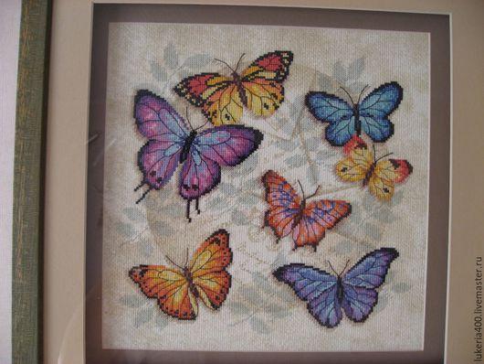 Животные ручной работы. Ярмарка Мастеров - ручная работа. Купить Торжество бабочек. Вышивка крестом, оформлена в двойной багет. Handmade.
