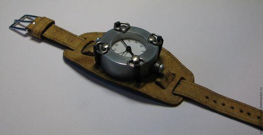 Часы ручной работы. Ярмарка Мастеров - ручная работа. Купить Часы техно-арт. Handmade. Серый, аллюминий
