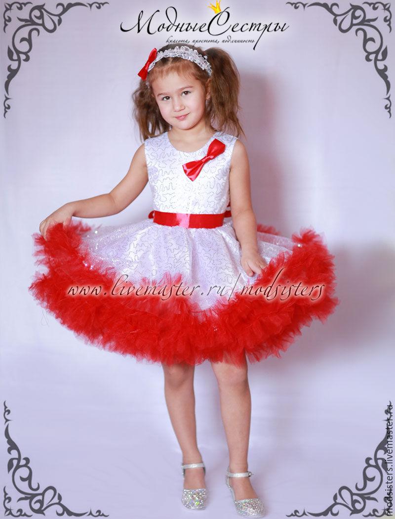 Бело-красное детское платье
