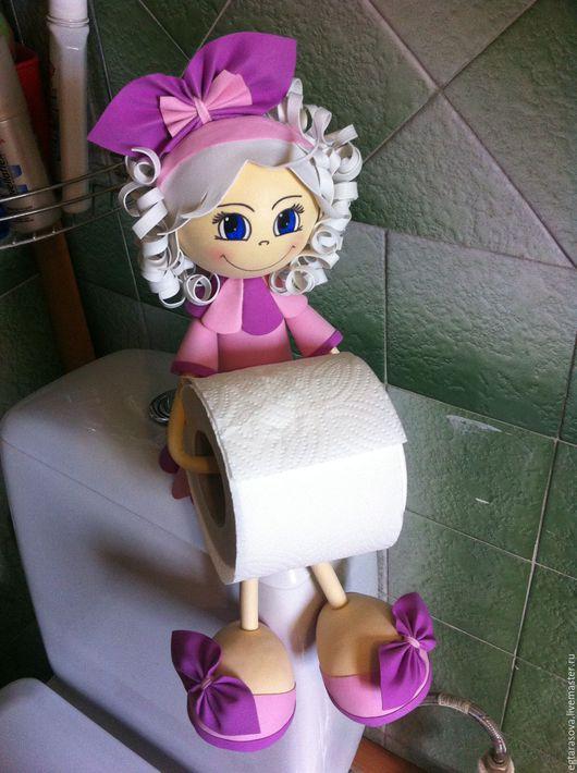 Ванная комната ручной работы. Ярмарка Мастеров - ручная работа. Купить Кукла-держатель для туалетной бумаги. Handmade. Брусничный