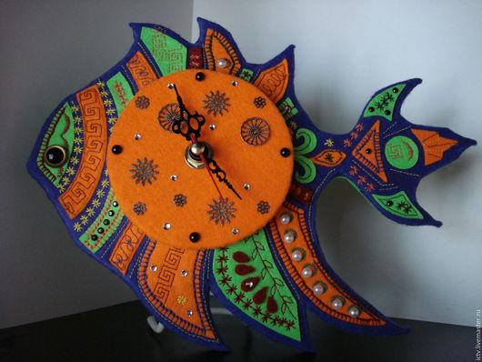 Часы для дома ручной работы. Ярмарка Мастеров - ручная работа. Купить Часы-рыба в этническом стиле. Handmade. Декор