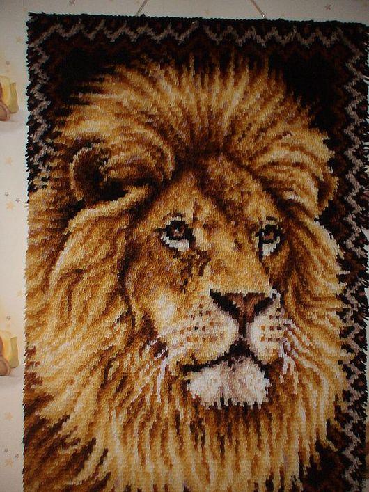 """Животные ручной работы. Ярмарка Мастеров - ручная работа. Купить Панно в ковровой технике """"Лев"""". Handmade. Коричневый, панно, подарок"""