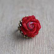 Украшения ручной работы. Ярмарка Мастеров - ручная работа Кольцо с алой розой. Handmade.
