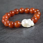 Украшения handmade. Livemaster - original item Bracelet natural carnelian and barroko pearls. Handmade.