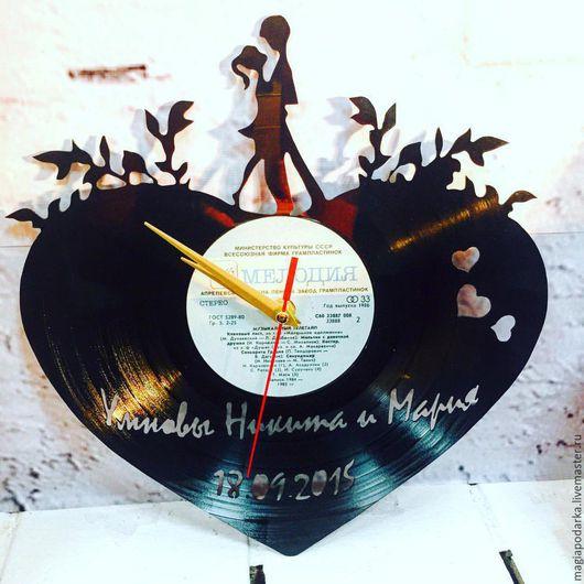 """Часы для дома ручной работы. Ярмарка Мастеров - ручная работа. Купить Часы из виниловой пластинки """"Свидание"""". Handmade. Черный"""