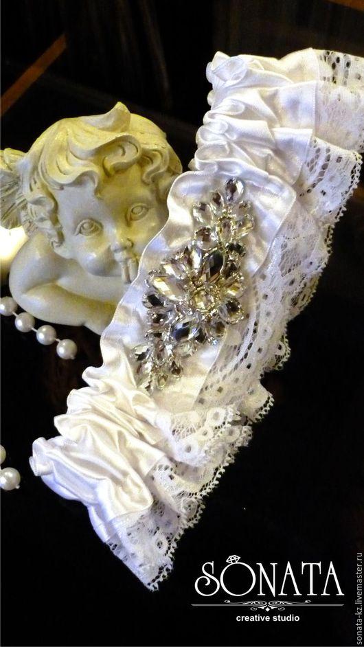 Одежда и аксессуары ручной работы. Ярмарка Мастеров - ручная работа. Купить Подвязка невесты, коллекция `Мой ангел`. Handmade.Белый.