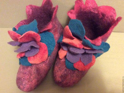 Обувь ручной работы. Ярмарка Мастеров - ручная работа. Купить Тапочки  Евроваленки Фиалки2. Handmade. Разноцветный, подарок на новый год, эксклюзив
