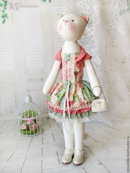 """Куклы Тильды ручной работы. Ярмарка Мастеров - ручная работа. Купить Кошка """"Я хочу укрыться лепестками роз"""". Handmade."""