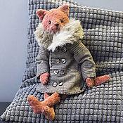 Котик в пальто