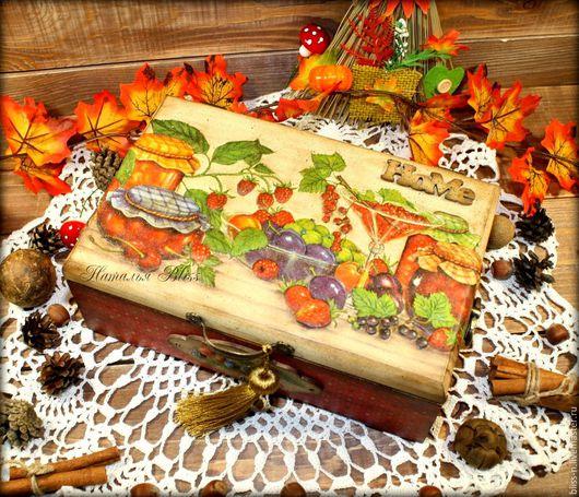 """Кухня ручной работы. Ярмарка Мастеров - ручная работа. Купить Чайная шкатулка """"Лето"""". Handmade. Ярко-красный, кухня, ягоды"""