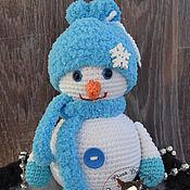 Подарки к праздникам ручной работы. Ярмарка Мастеров - ручная работа Снеговичок в голубом. Handmade.