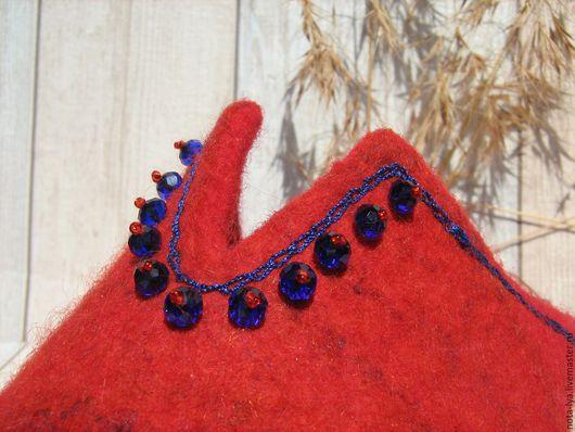 Обувь ручной работы. Ярмарка Мастеров - ручная работа. Купить Валяные тапочки. Синий на красном.. Handmade. Ярко-красный