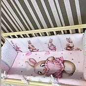Бортики в кроватку ручной работы. Ярмарка Мастеров - ручная работа Бортики-подушки , простынь,пододеяльник . комплект для новорожденной. Handmade.
