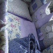 Комплекты одежды ручной работы. Ярмарка Мастеров - ручная работа комплект на детскую кроватку:бортики, простынь, подушка с натуральныхт. Handmade.