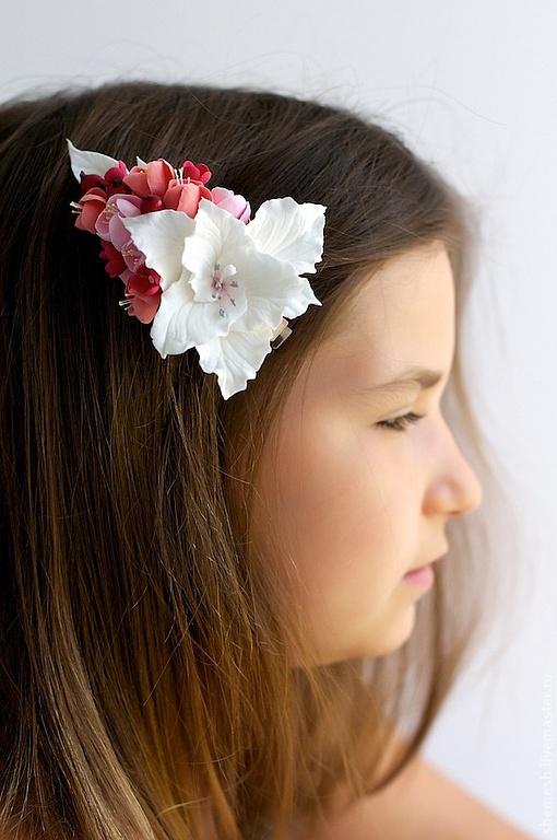 Заколки ручной работы. Ярмарка Мастеров - ручная работа. Купить Зажим для волос с лилией и ягодами. Handmade. Розовый