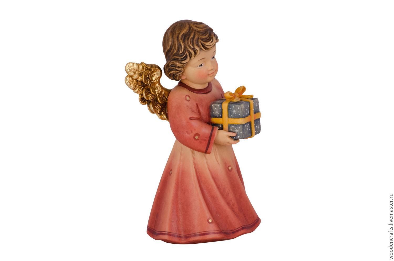 Рисунок ангелочек с подарком 30