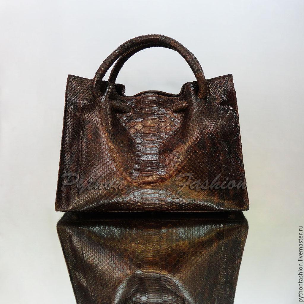Сумка из кожи питона. Дизайнерская сумка из кожи питона. Модная красивая  женская сумка из ... bcaf45e136b