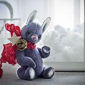 Куклы и игрушки ручной работы. Ярмарка Мастеров - ручная работа Зайчик Пушок.  Мини друг тедди. 7см. Handmade.