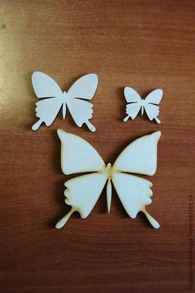 Бабочки (в наборе 3 штуки) Размеры: 11х10 см, 7х6 см, 4х4 см Материал: фанера 3 мм