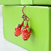 Украшения handmade. Livemaster - original item Earrings copper STRAWBERRY lampwork copyright. Handmade.