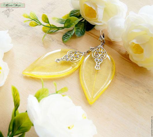 """Серьги ручной работы. Ярмарка Мастеров - ручная работа. Купить Серьги-листья """"Lemon ice"""" из ювелирной смолы. Handmade. Желтый"""