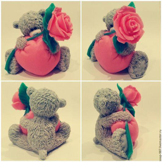 Мыло ручной работы. Ярмарка Мастеров - ручная работа. Купить Мишка  с розой. Handmade. Комбинированный, мыло в подарок, мишка с розой