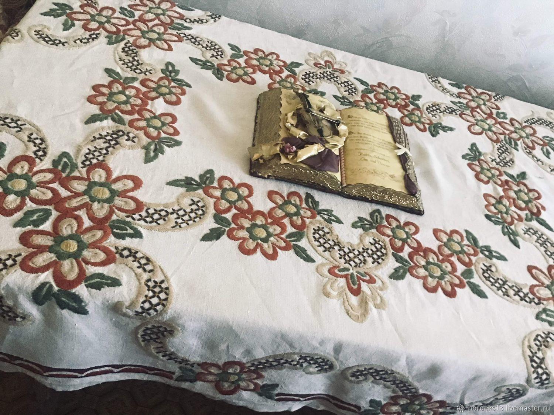 Винтаж: Светло серая льняная вышитая скатерть, Винтажные предметы интерьера, Николаев, Фото №1