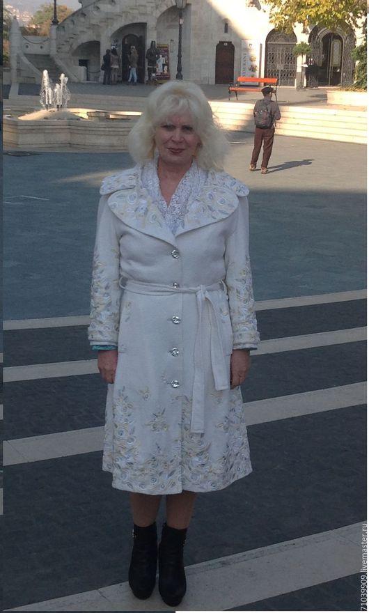 """Верхняя одежда ручной работы. Ярмарка Мастеров - ручная работа. Купить Пальто """"Золотая осень"""". Handmade. Белый, Нарядное пальто"""